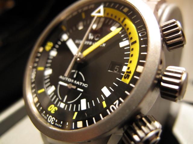 グッときます。この時計。。。
